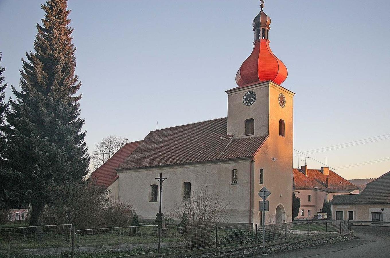 Datování v kostele