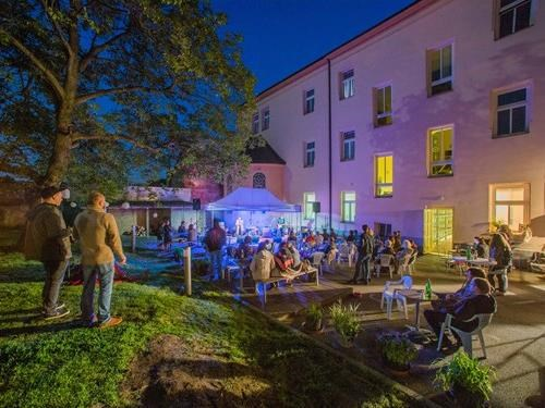 Rabbit Slow