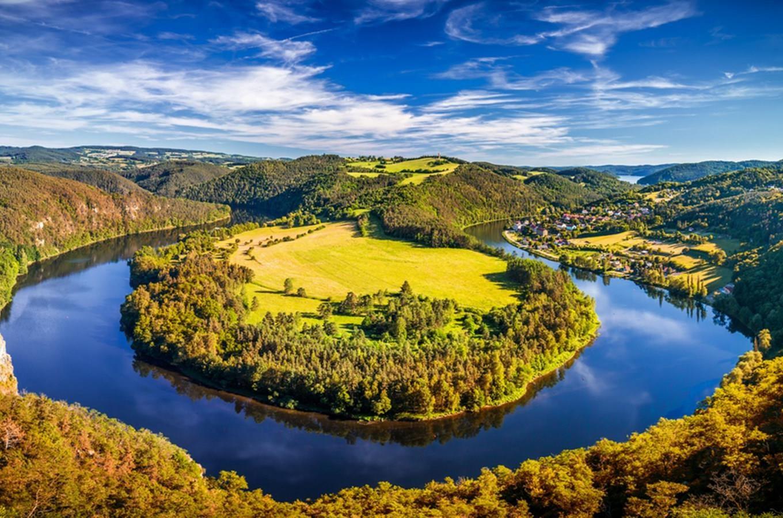 Vyhlídka Solenická podkova – romantický výhled na meandr Vltavy