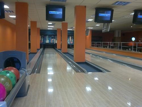 Bowling Four-Bowl Ostrov
