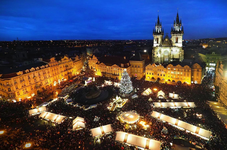 Výsledok vyhľadávania obrázkov pre dopyt kudy z nudy Vianočné trhy Praha