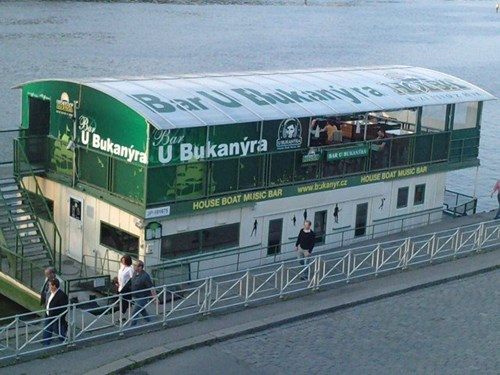 U Bukanýra House Boat Music Bar
