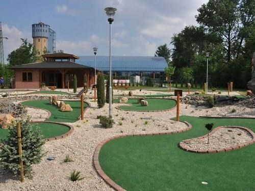 Adventure golf v Bohumíně