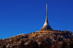 Ještěd, hora s vysílačem, hotelem a krásným rozhledem