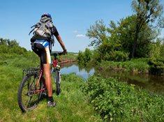 Cyklovýlet na Zbraslav a do Davle za Vladislavem Vančurou