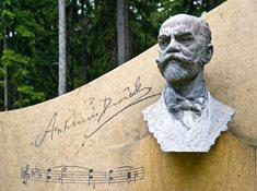 Do míst, kde žil a tvořil Antonín Dvořák