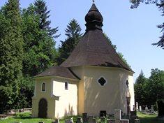 Kaple sv. Maří Magdaleny na kopci Bradlo