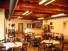 Restaurace Losín v areálu papírny Velké Losiny