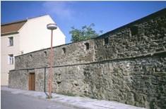 Zbytky hradeb ve Vyškově