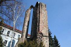 Zřícenina kláštera minoritů Nanebevzetí Panny Marie v Benešově