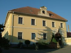 Barokní zámeček Hořice