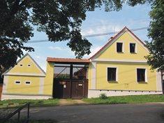 Pohádkový statek na návsi vesničky  Vranovice