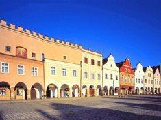 Náměstí Zachariáše z Hradce v Telči - renesanční perla na seznamu UNESCO