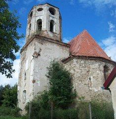 Zřícenina gotického kostela sv. Mikuláše v Poběžovicích