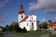 Santiniho kostel sv. Petra a Pavla v Bobrové