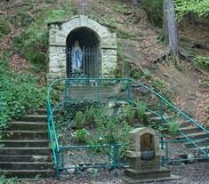 Roštínská kaple se studánkou pitné vody