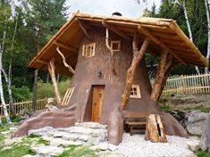 Pohádková vesnička Podlesíčko -  originální ubytování, které rozzáří dětské oči
