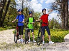 Zažijte adrenalin na kole nedaleko Prahy