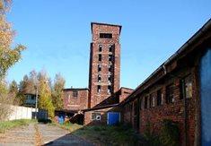 Rudá věž smrti v závodu Škoda Ostrov