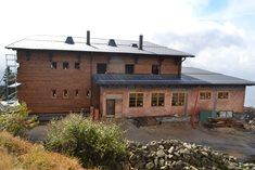 Nová Bezručova chata na Lysé hoře