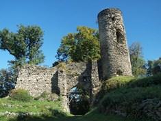 Hrad Sukoslav v Kostomlatech pod Milešovkou