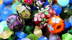 Ateliér šumavské perle v Nezdicích na Šumavě - historie výrobysklářských korálků